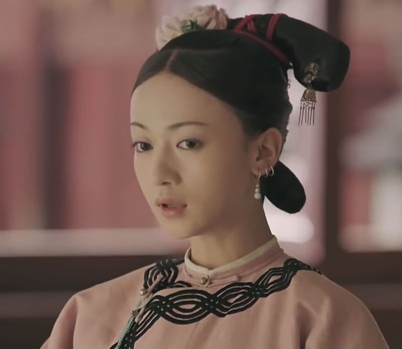 Wei Yingluo at the start of Story of Yanxi Palace