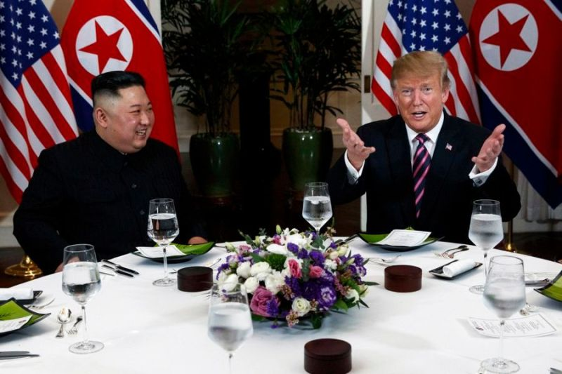 Donald Trump and Kim Jong Un meet for dinner in Vietnam