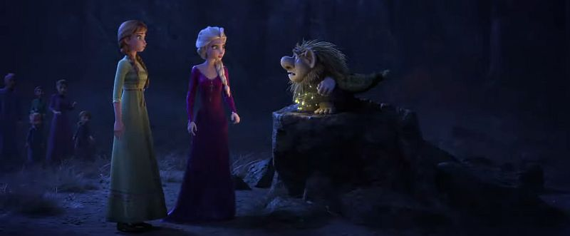 Troll speaking with Anna and Elsa